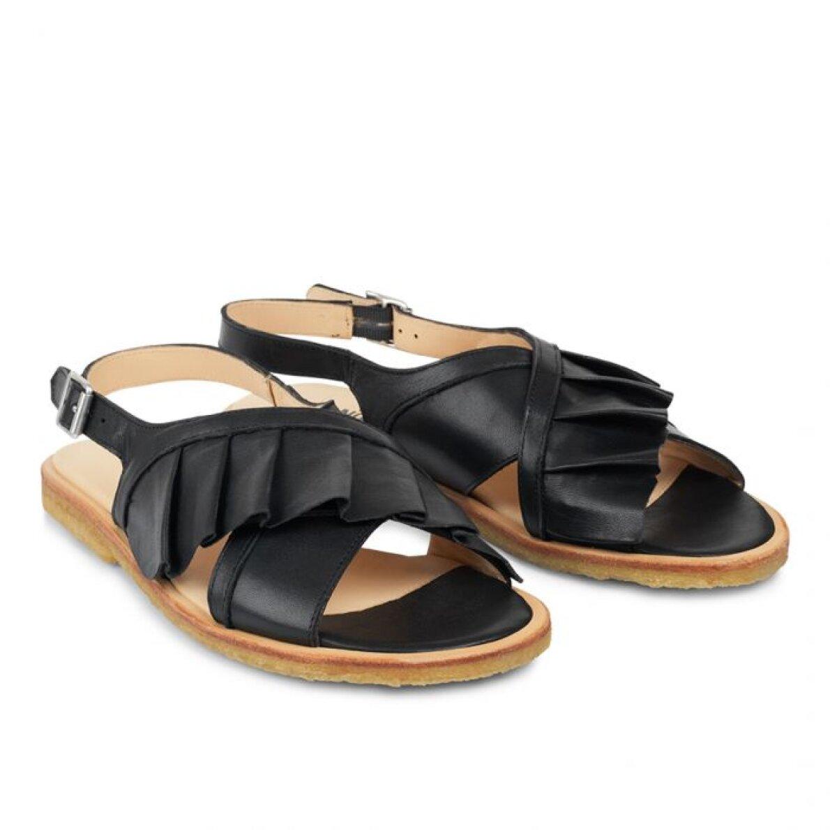 3ba647e17bf5 ... Angulus - Angulus 5538-101 sort dame sandal med flæse ...