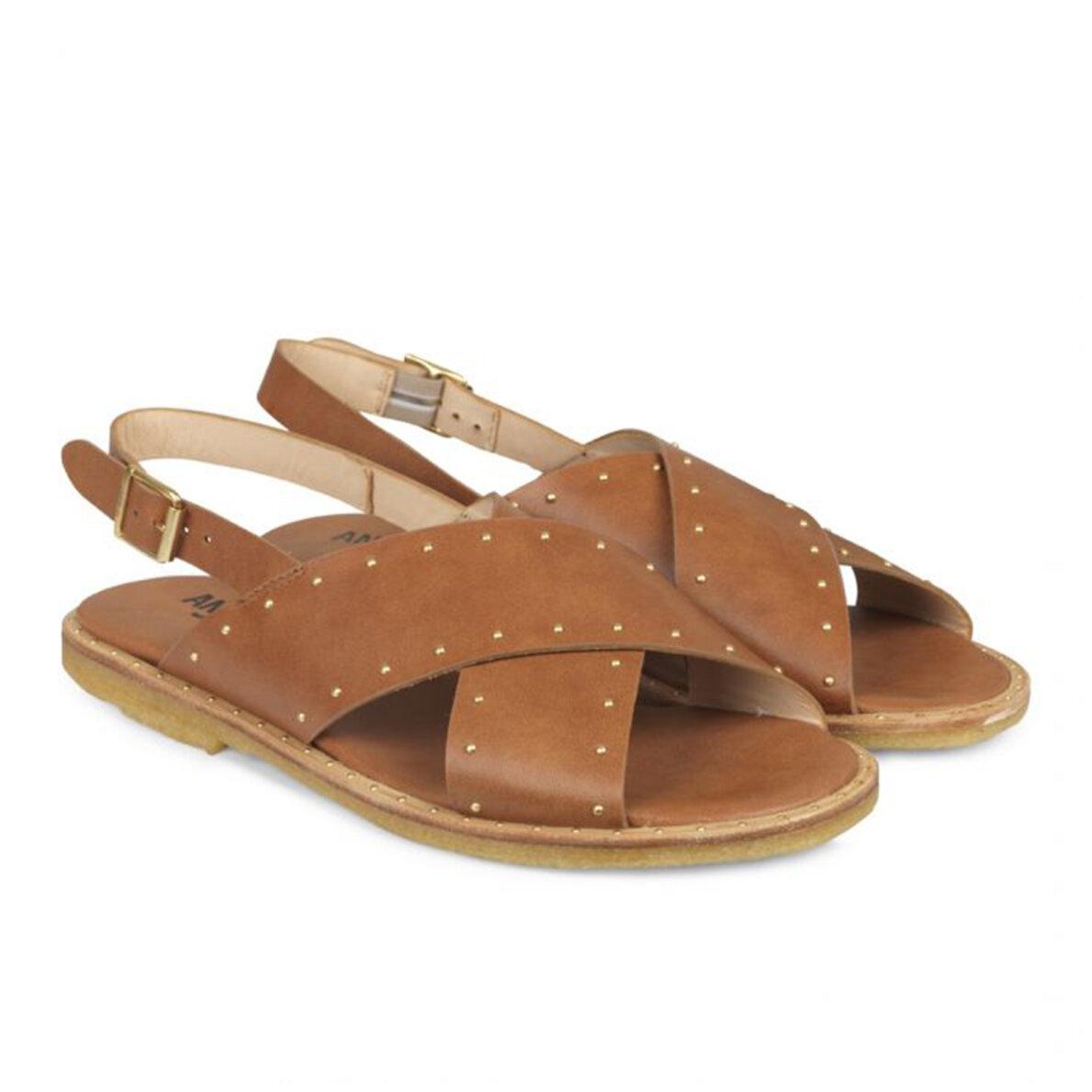 PIEDI Angulus 5595 Brun Dame sandal med nitter Piedi.dk