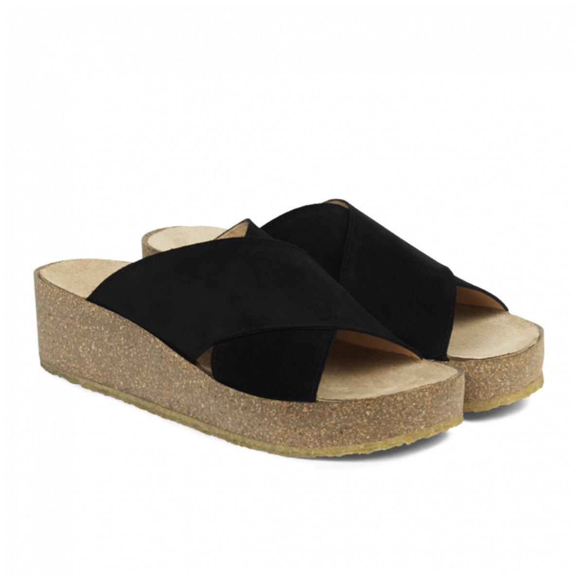 800f52937975 ... Angulus - Angulus 5601-101 sort damesandal med blød fodseng ...