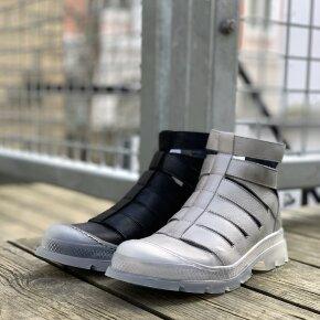 Lofina - Lofina E9-251 åben damestøvle i grå skind med transparent sål
