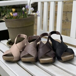 Lofina - Lofina E5-191 sort dame sandal med kilehæl
