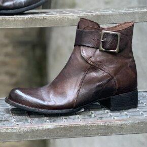 Bubetti - Bubetti 9920 Lux 576 Hasselnødbrun Dame Støvlet med Stort Spænde