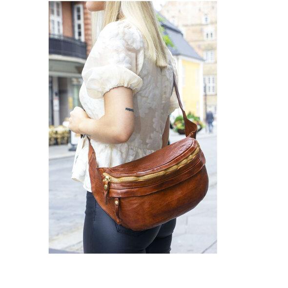 Campomaggi - Belt Bag LCampomaggi C00890-X001 Cognac Belt Bag L